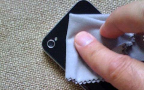 Keringkan Semua Bagian Di Smartphonemu