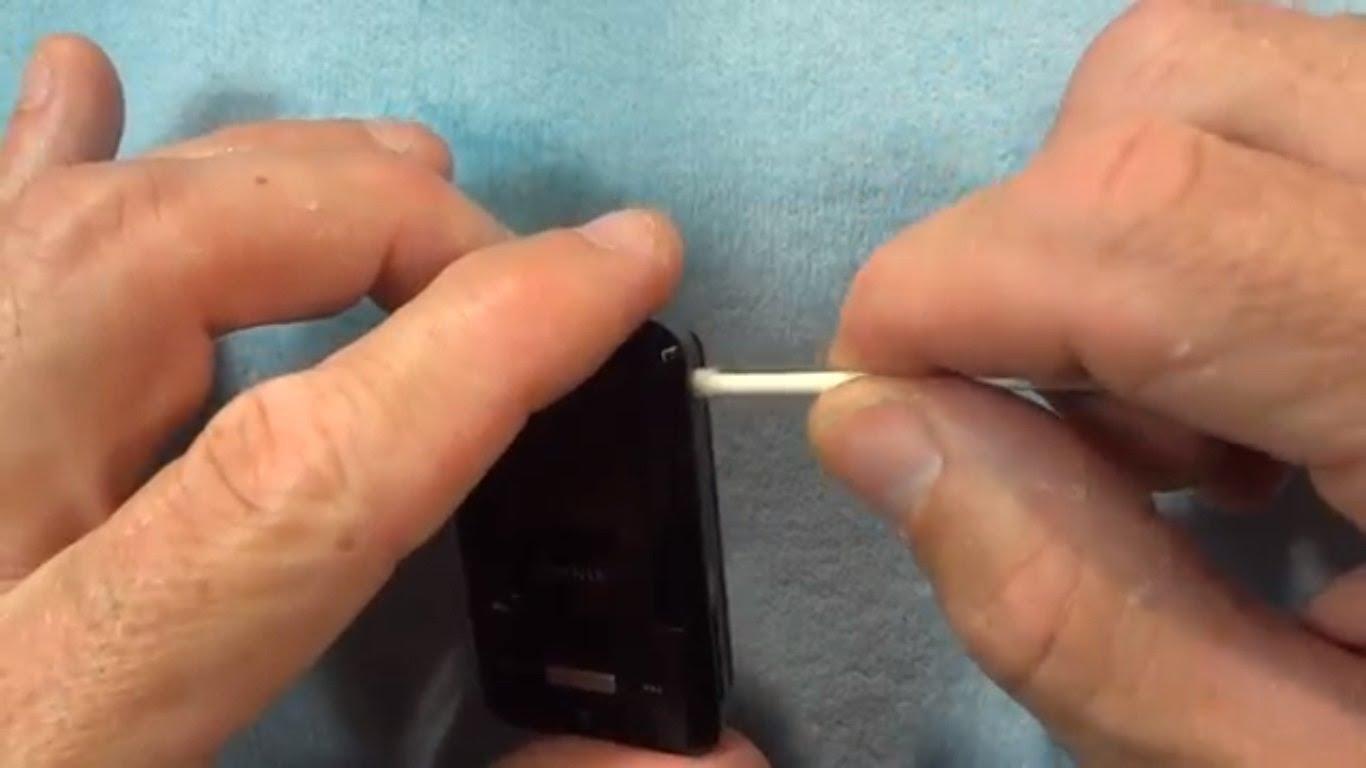 Port dan lubang Smartphone