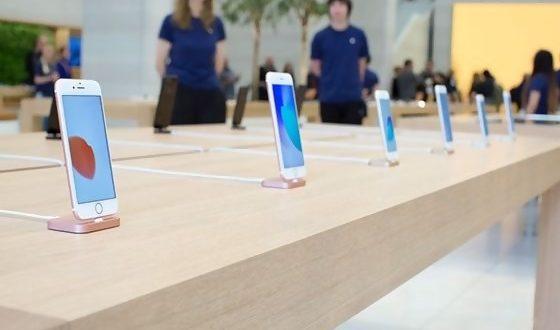 Ternyata Ini Fungsi Kabel yang Terpasang Pada Smartphone