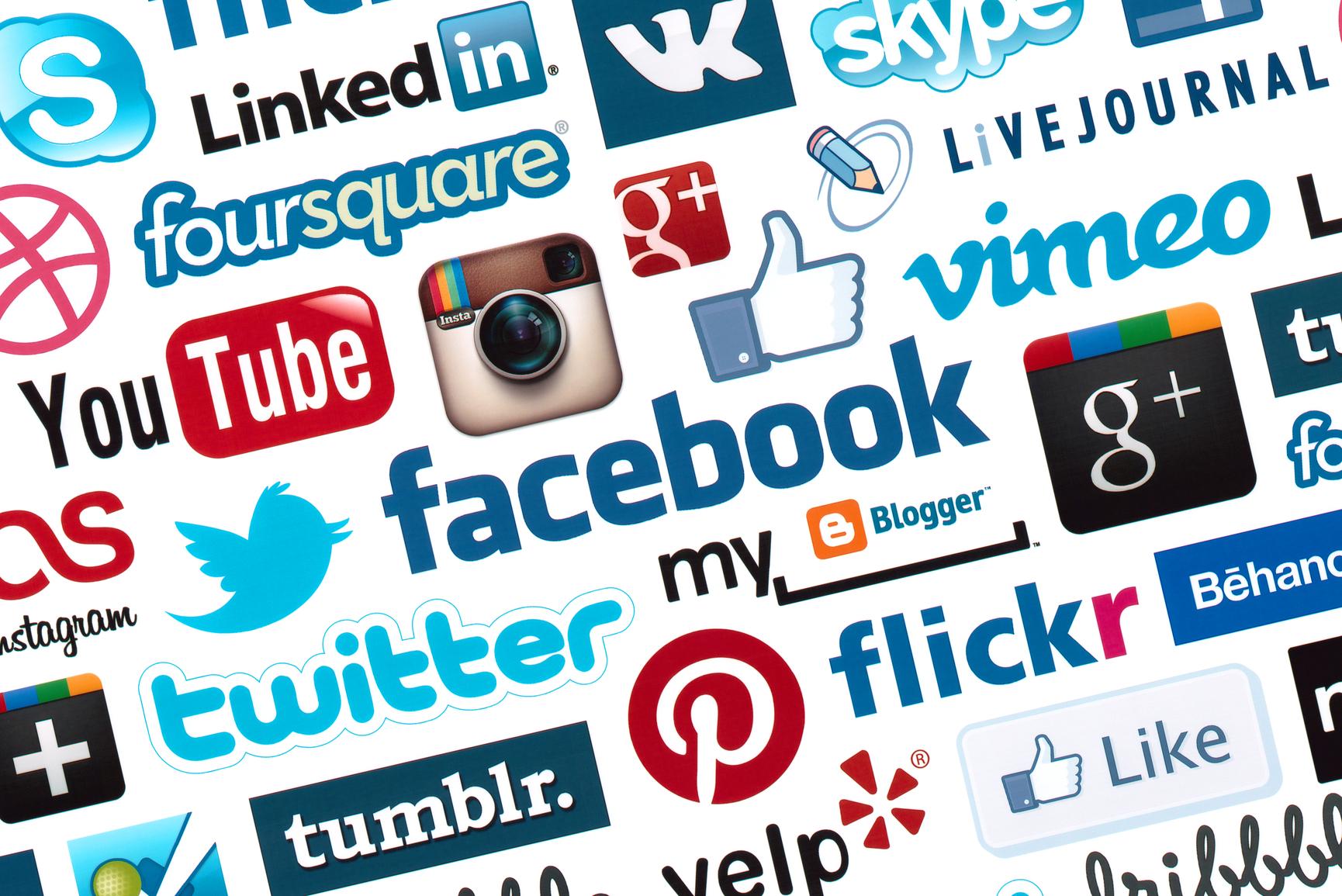 Aplikasi Social Media